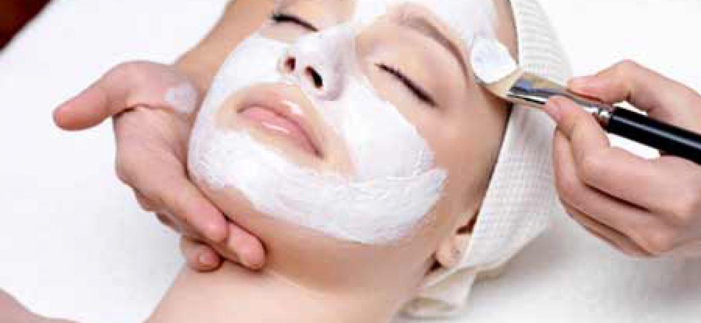 پاکسازی پوست-یاسمن بیوتی-اکستنشن-سالن زیبایی