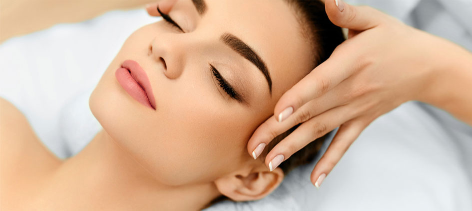 yasamanbeauty-yasaman-yazdi-face-skin-massage